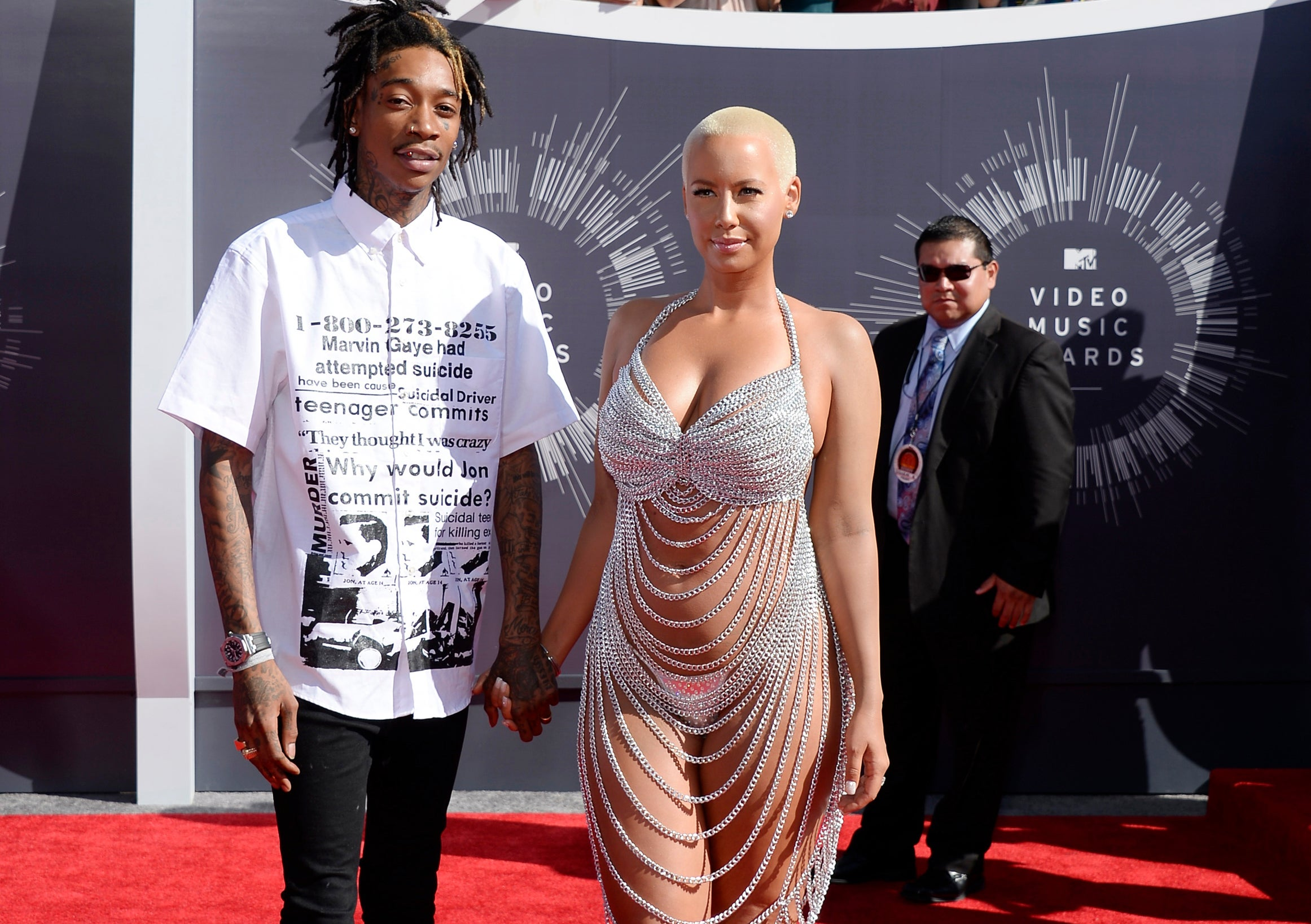 Amber Rose Channels Rose Mcgowan By Rocking Interesting