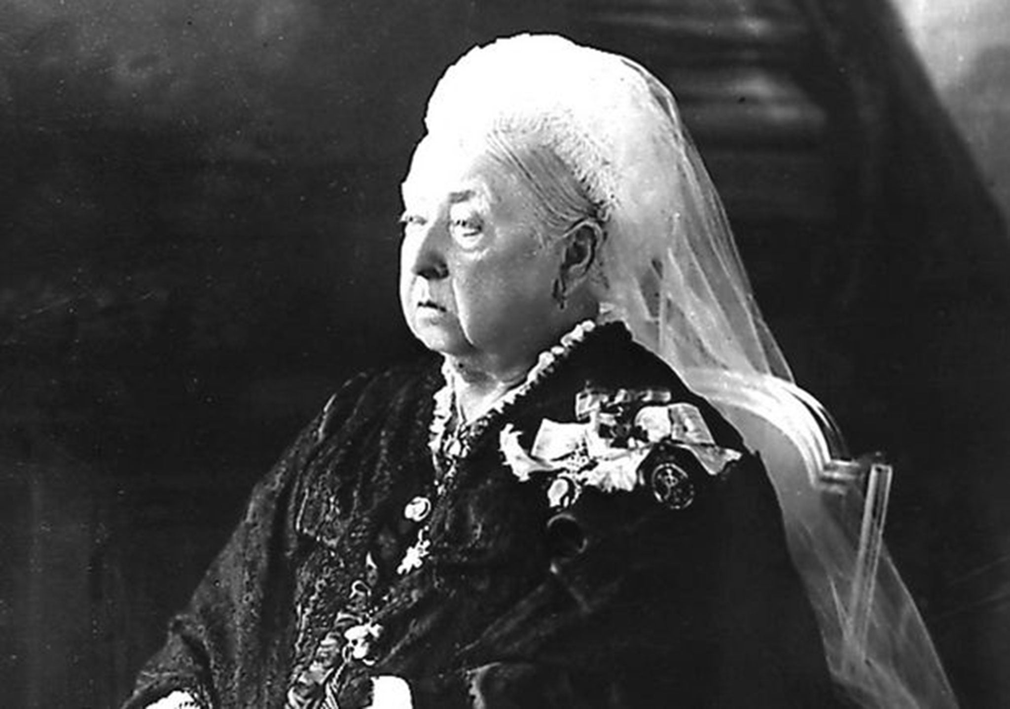 The Adventures Of Alice Laselles By Queen Victoria Aged 10 190 Book Review Showing A Darker
