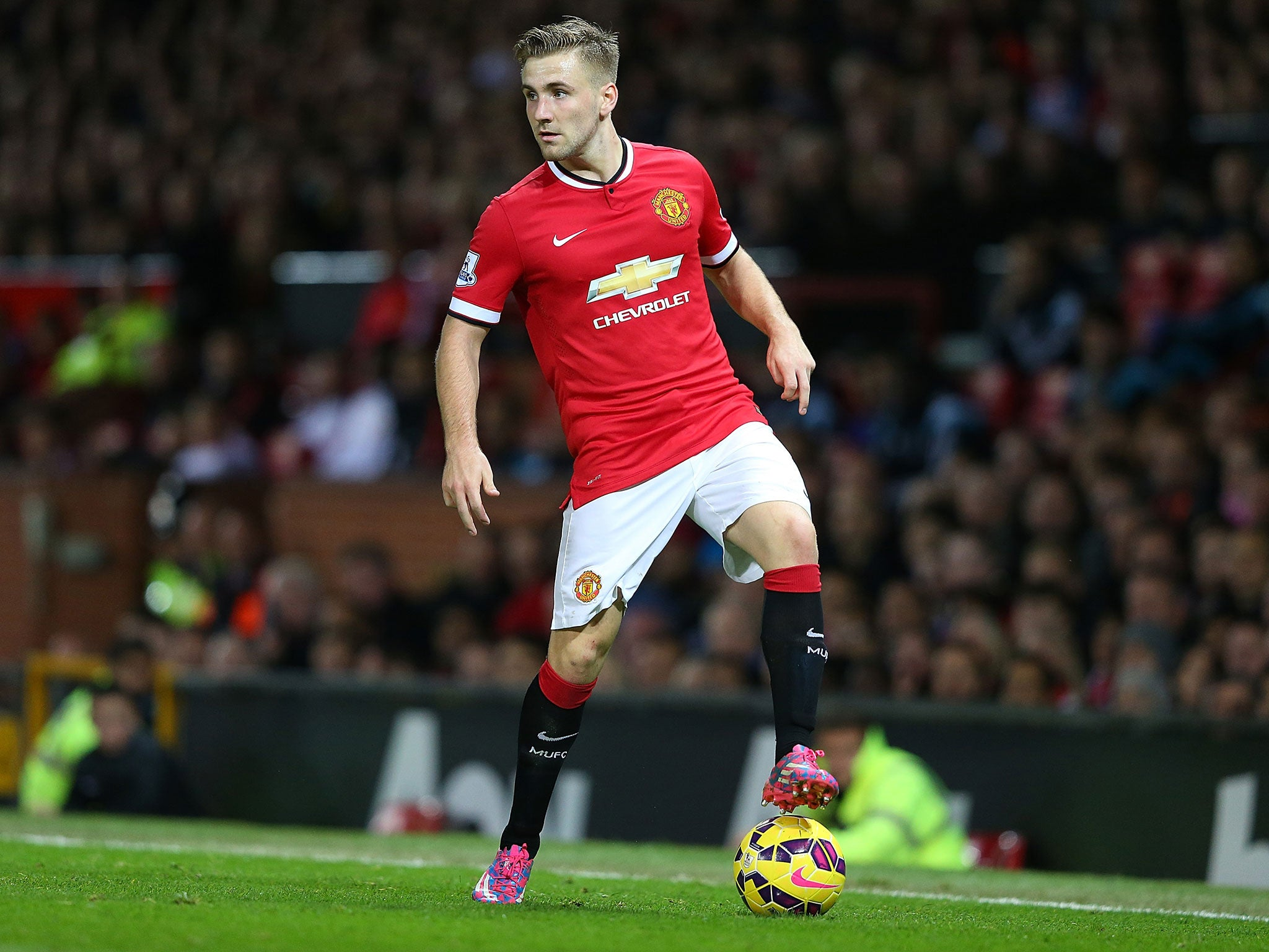 http://static.independent.co.uk/s3fs-public/thumbnails/image/2014/10/28/08/Luke-Shaw-2.jpg