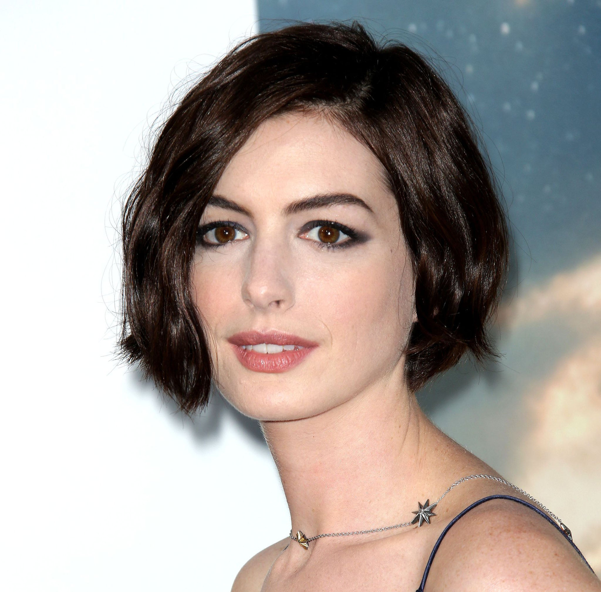<b>Anne Hathaway</b> thought she'd 'die of hypothermia' filming Interstellar <b>...</b> - Anne-Hathaway