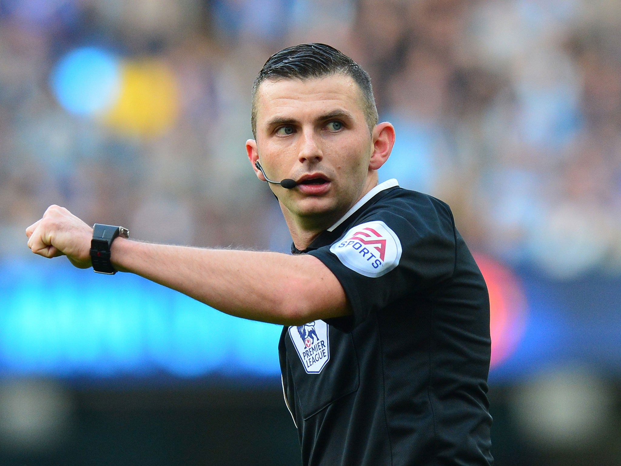 Michael Oliver earned a  million dollar salary - leaving the net worth at Ashington, Northumberland, England million in 2018