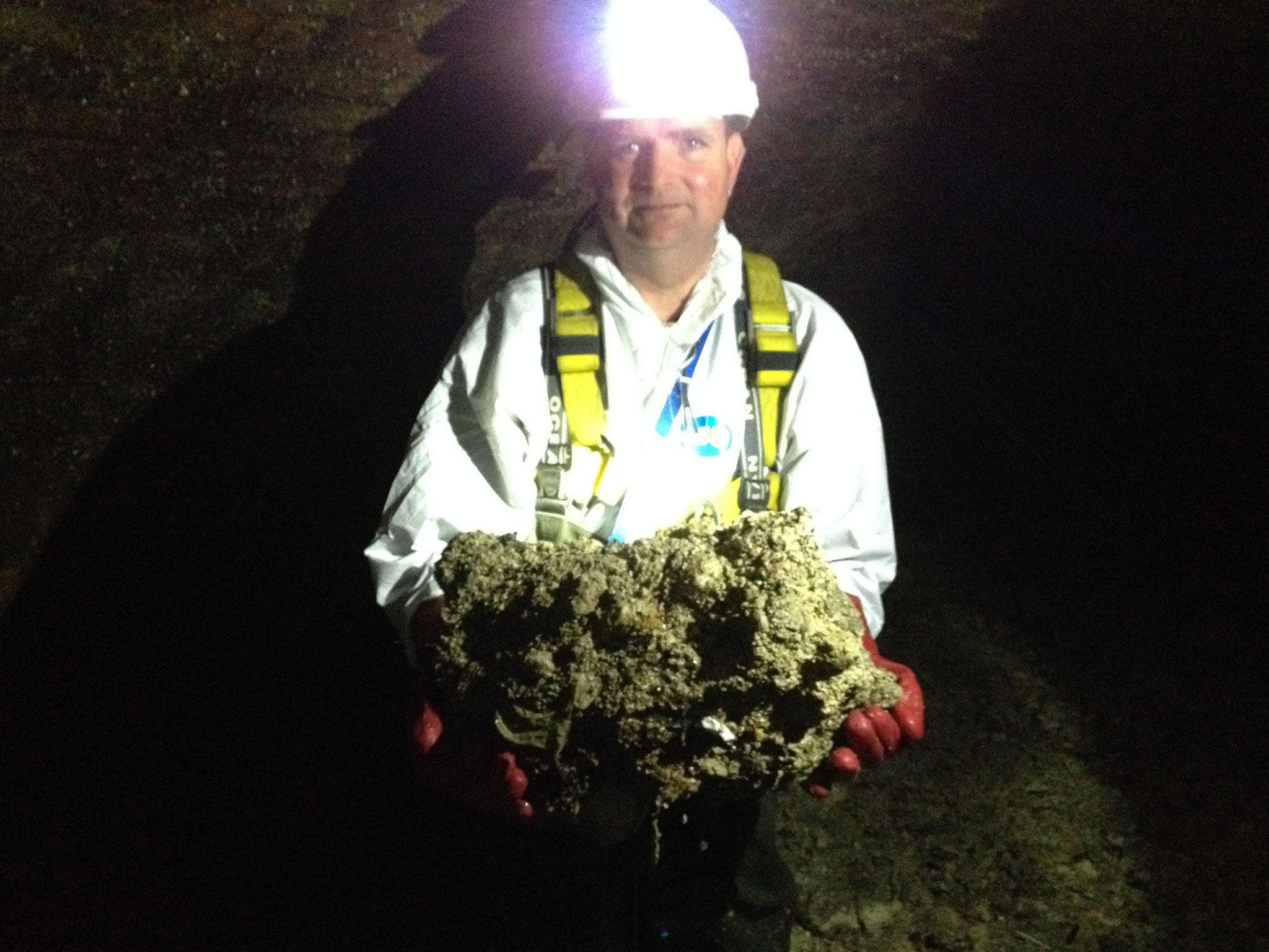 Giant fatberg forms in sewers beneath government buildings for Raw sewage under house