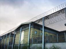"""Deportados """"rotineiramente negam"""" o acesso à justiça antes da remoção, advogados avisam"""