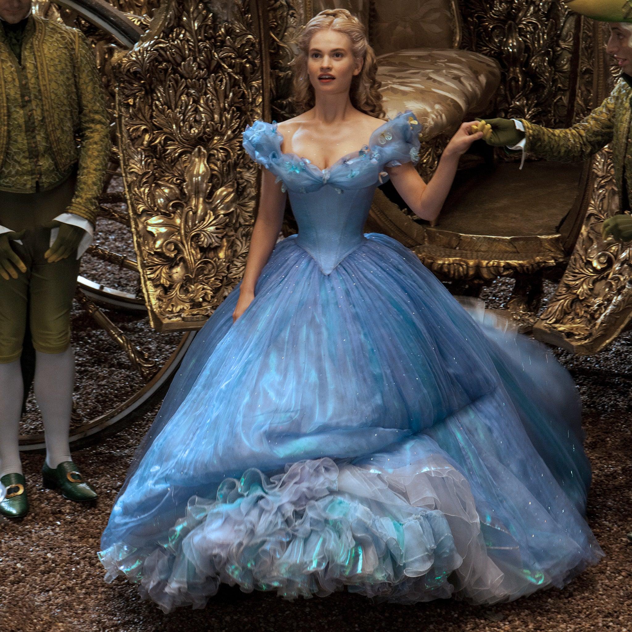 Disneys Cinderella Why Downton Abbey Star Lily James Is