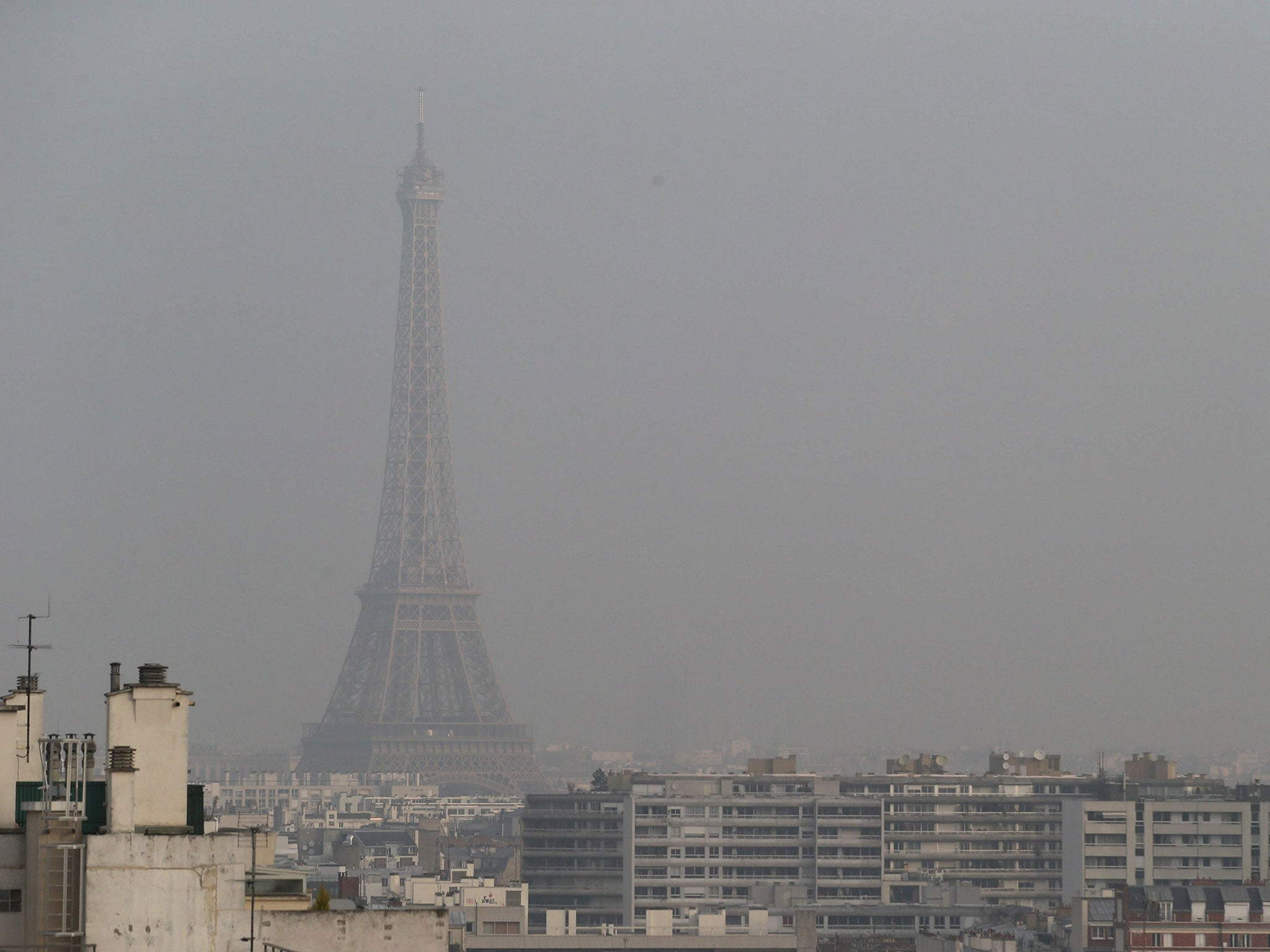 paris smog here are the cities that are even worse than the french capital for pollution. Black Bedroom Furniture Sets. Home Design Ideas
