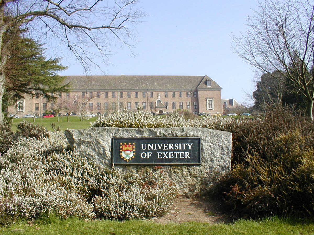 Thousands oppose anti-abortion society at Exeter University amid 'free speech' row