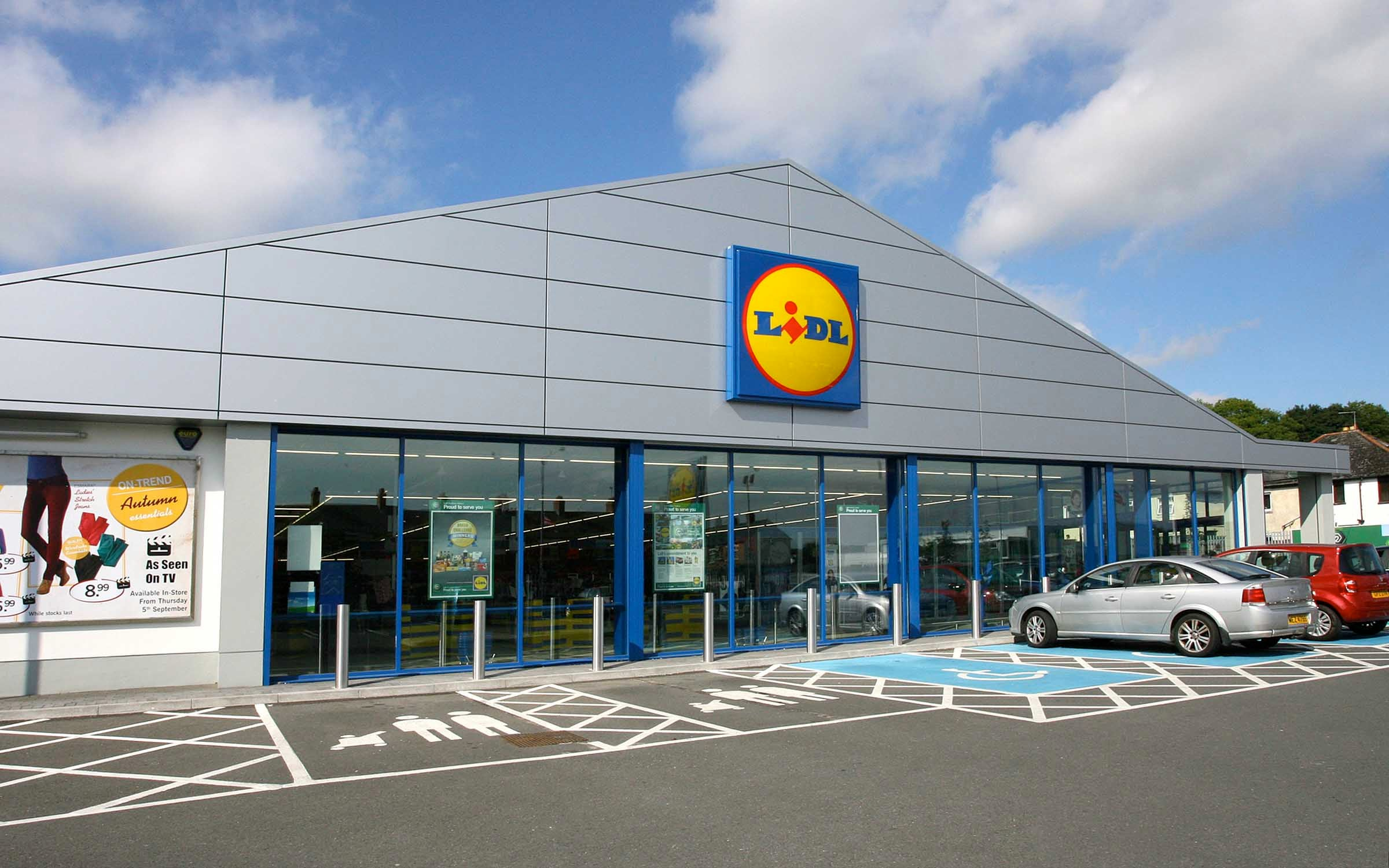 lidl named grocer of the year for the first time business news news the independent. Black Bedroom Furniture Sets. Home Design Ideas