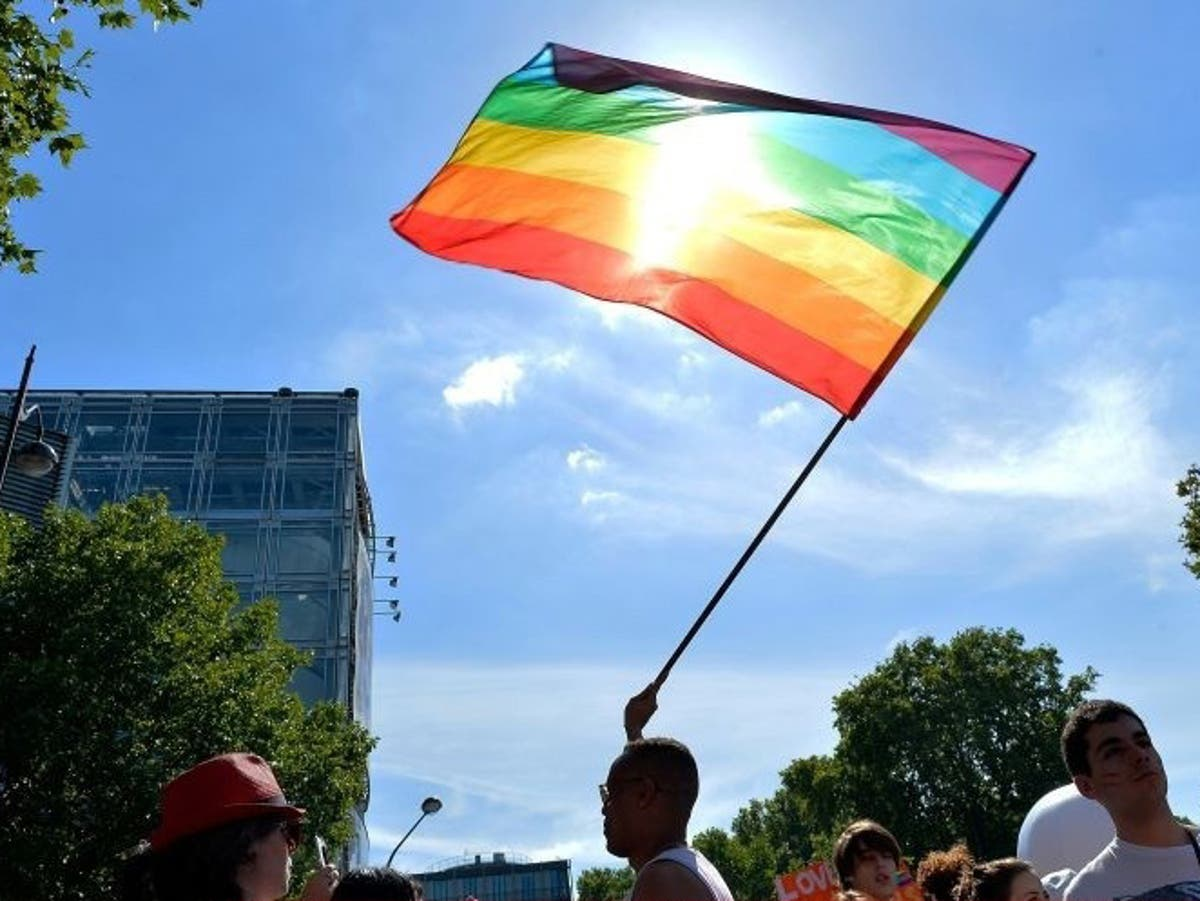 San Francisco LGBT+ community considering replacing Pride flag