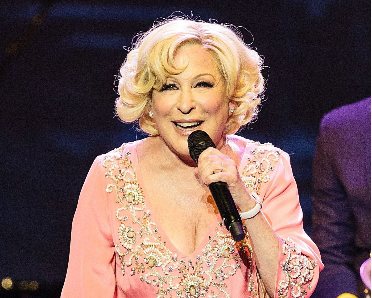 ... The Divine Miss M still has it | Reviews | Culture | The Independent