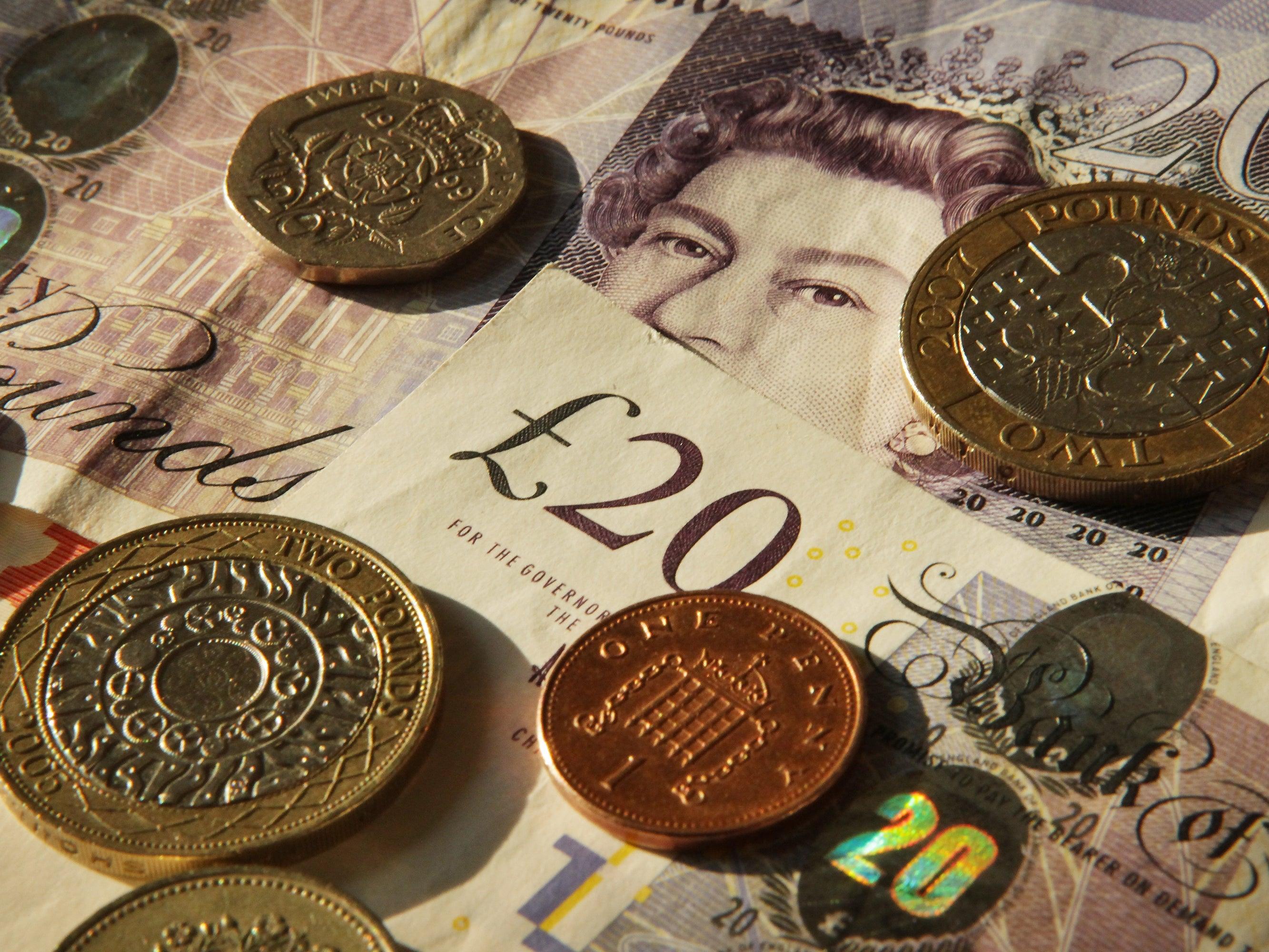 Валютная пара фунт/доллар может снижаться до первых чисел марта 2016 года
