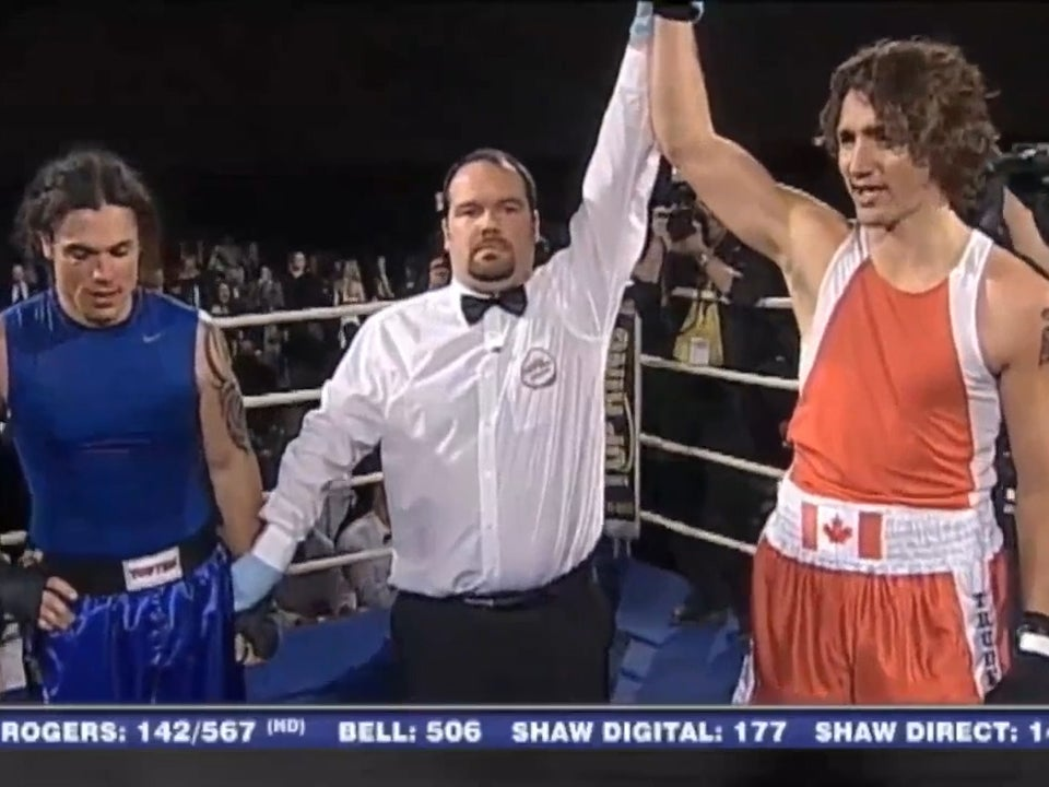 Justin Trudeau Watch Canadas Prime Minister Fight A Conservative Senator In Charity Boxing
