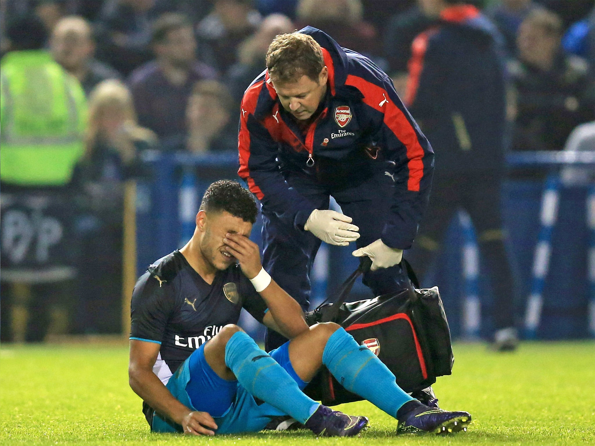 Arsenal injury list: Alex Oxlade-Chamberlain to return for Norwich but game too soon for Theo Walcott