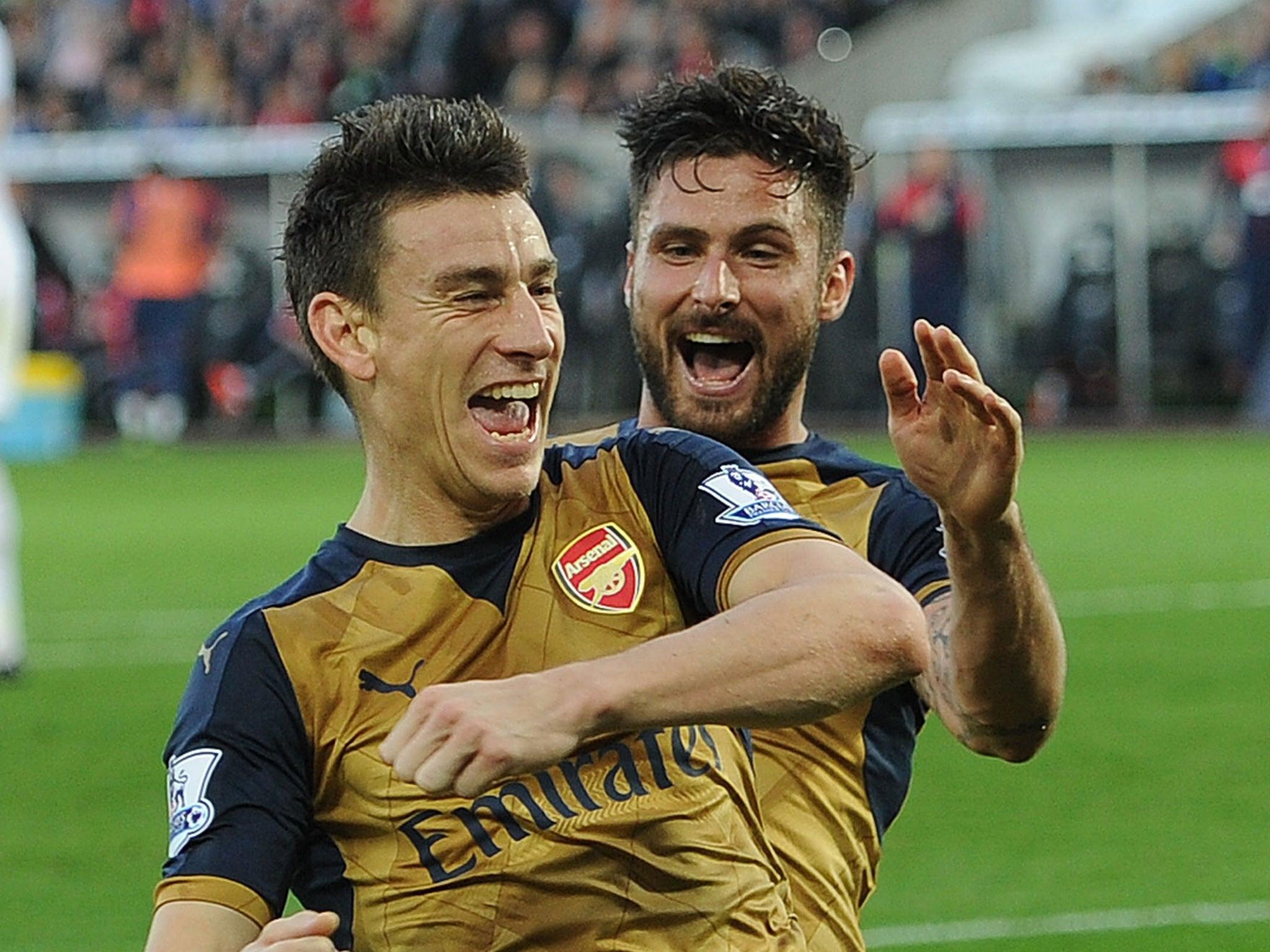 Arsenal injury news: Laurent Koscielny and Olivier Giroud to be assessed, Hector Bellerin returns