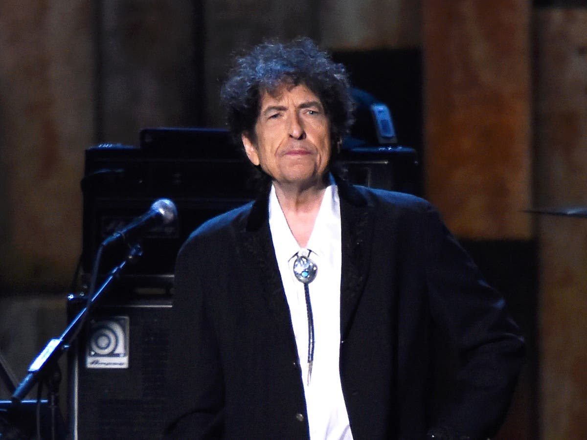 Bob Dylan sued for allegedly abusing 12-year-old girl in 1965