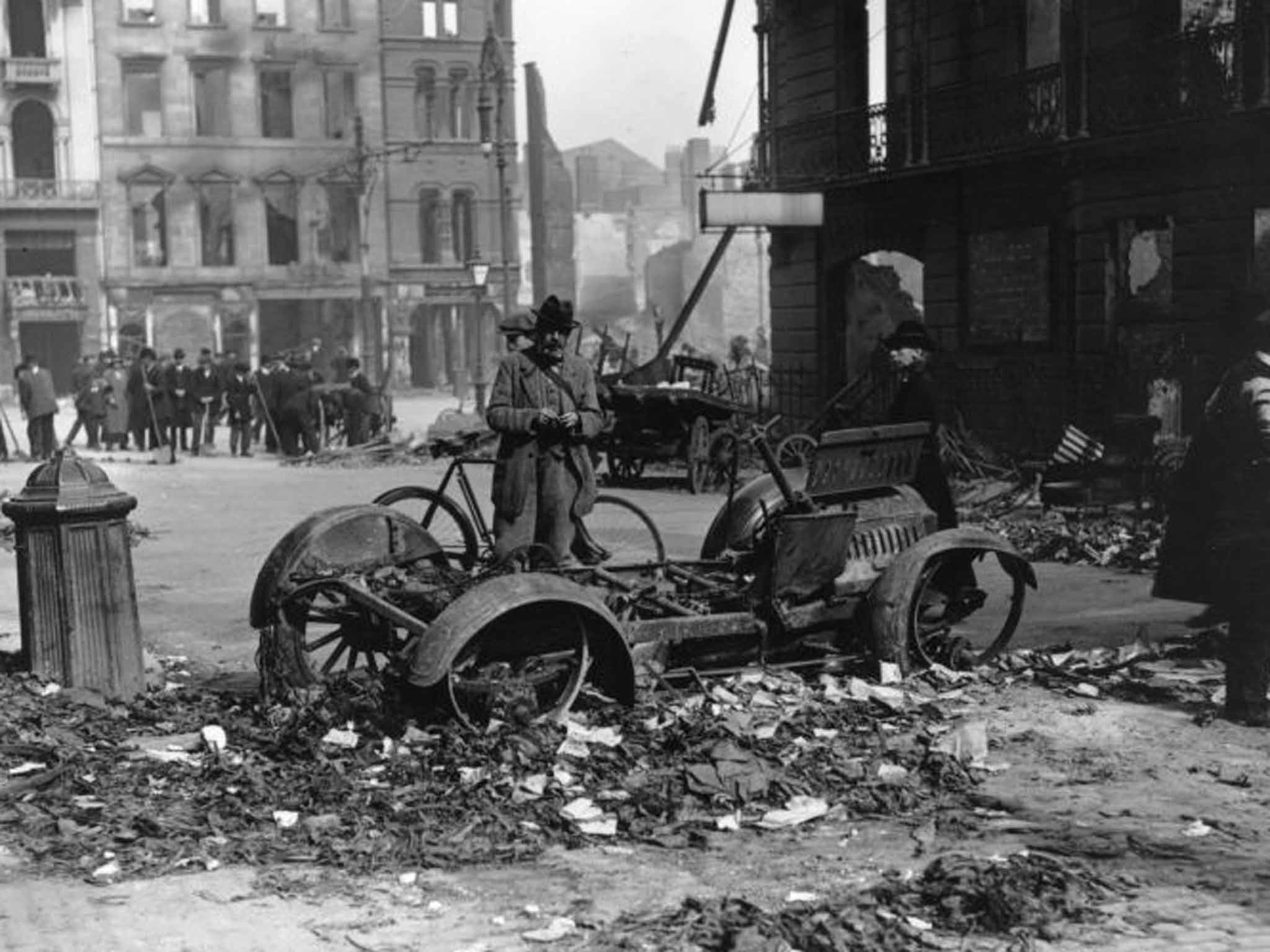 Easter Commemoration Belfast 2016 Rebellion Car Getty