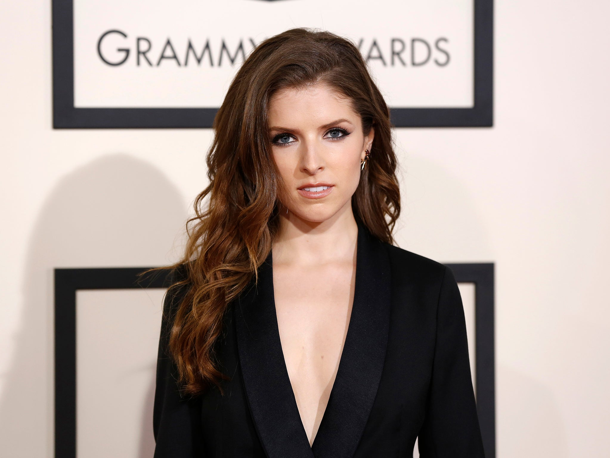 Anna Kendrick Resting Bitch Angry Woman No Background