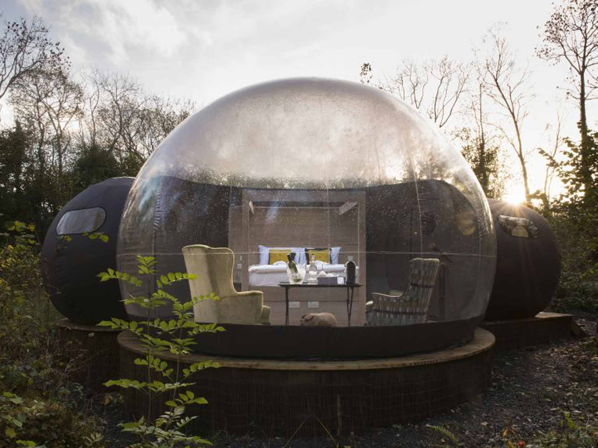 Star Gazing Retreats From Bubble Pods In Ireland To Glass