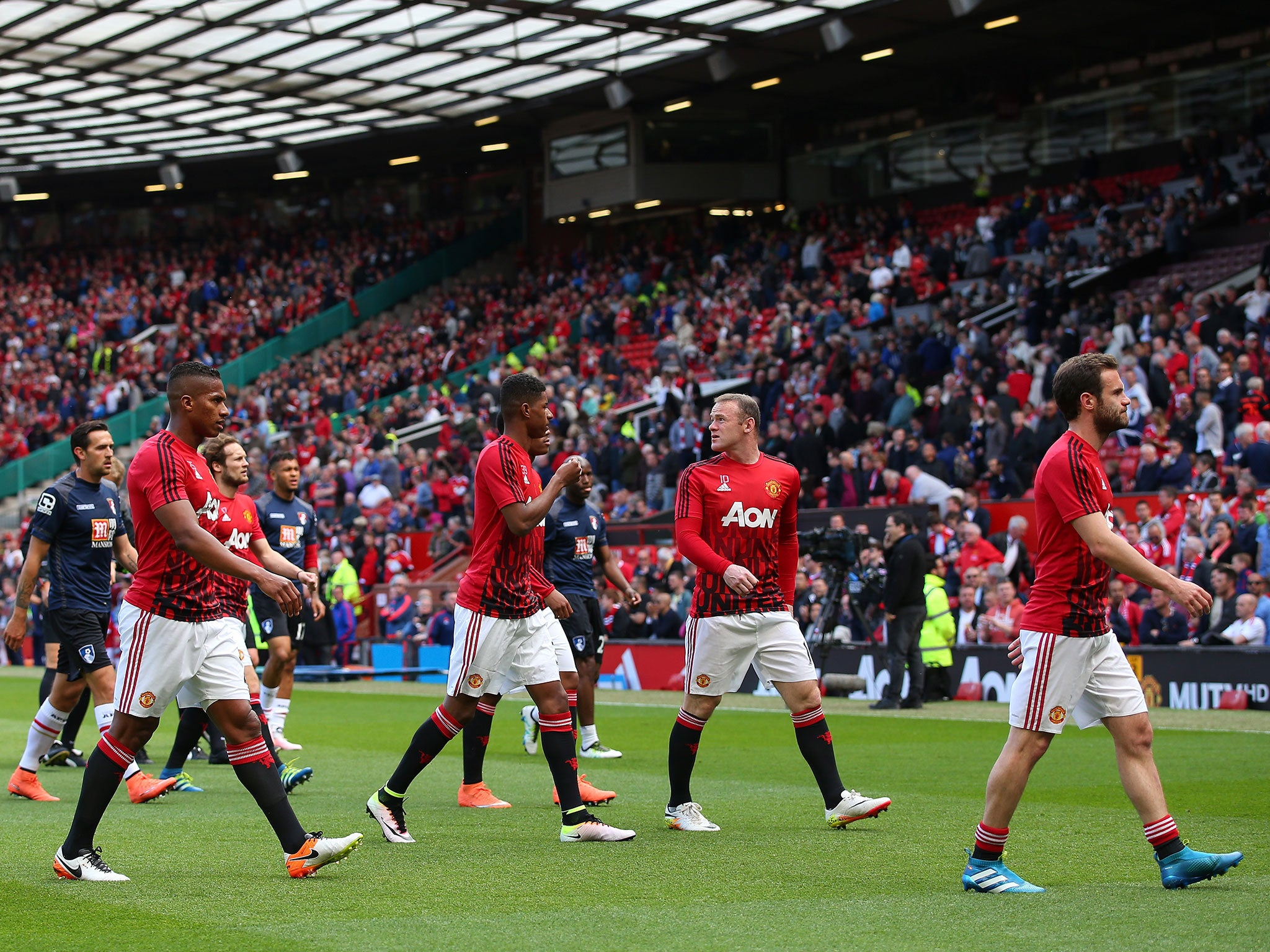 Manchester United vs Bournemouth: Can Louis van Gaal afford to rest players with FA Cup final on horizon? | Premier League | Sport | The Independent