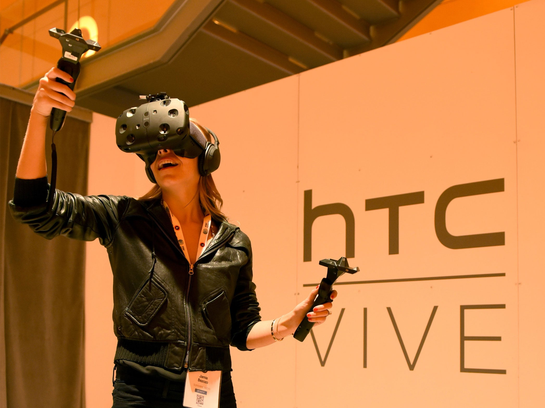HTC Vive review: This immersive high-end headset is truly compelling | News | Lifestyle | The Independent