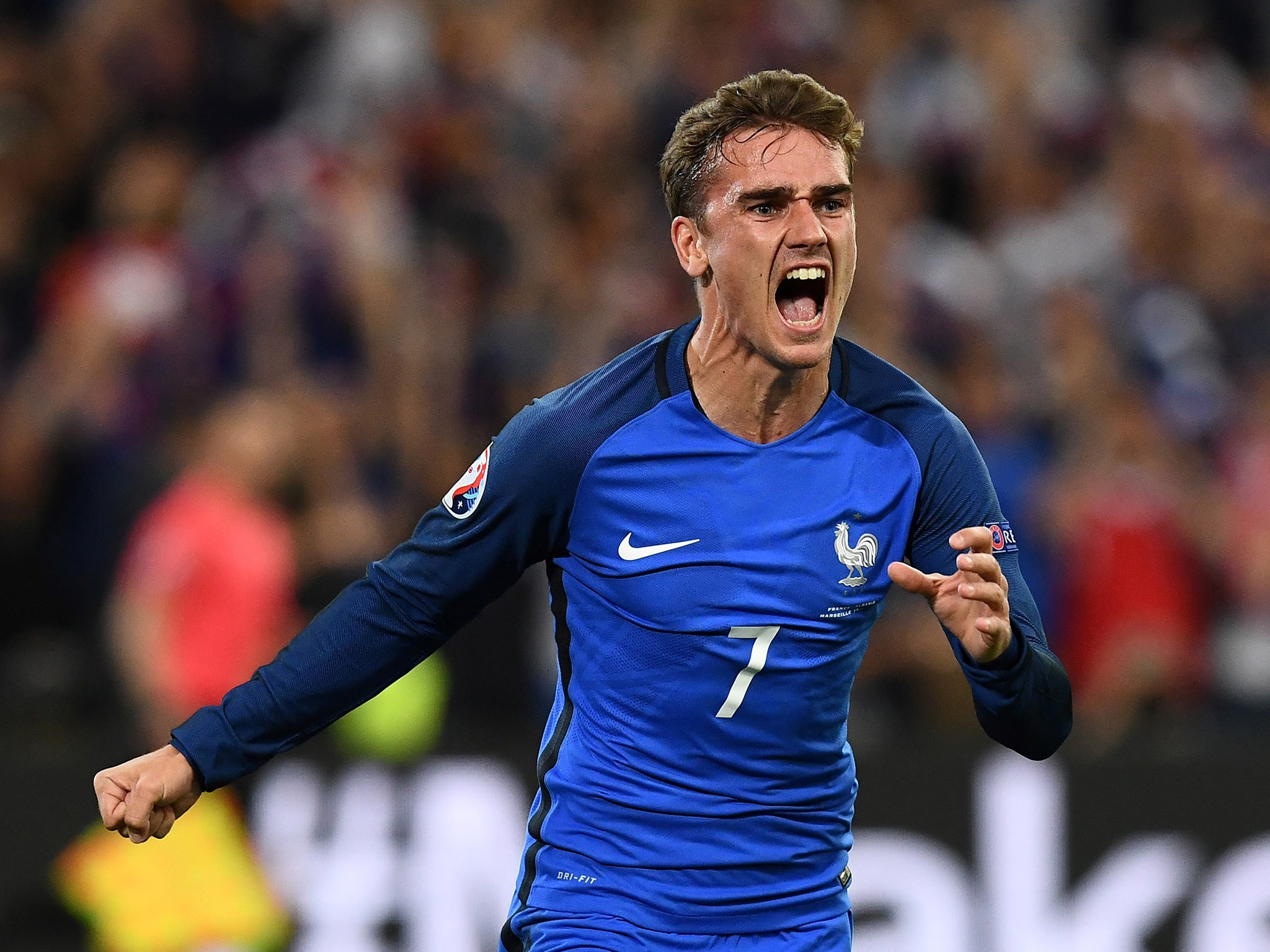 Chelsea and Manchester United covet Antoine Griezmann and the