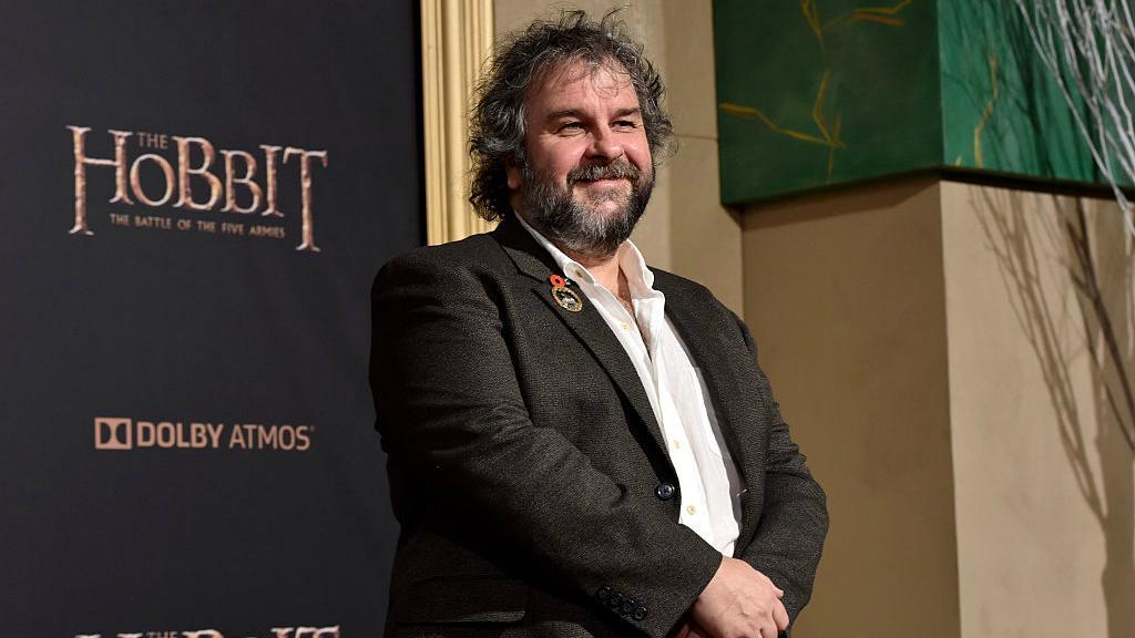 Peter Jackson to produce Hobbit films
