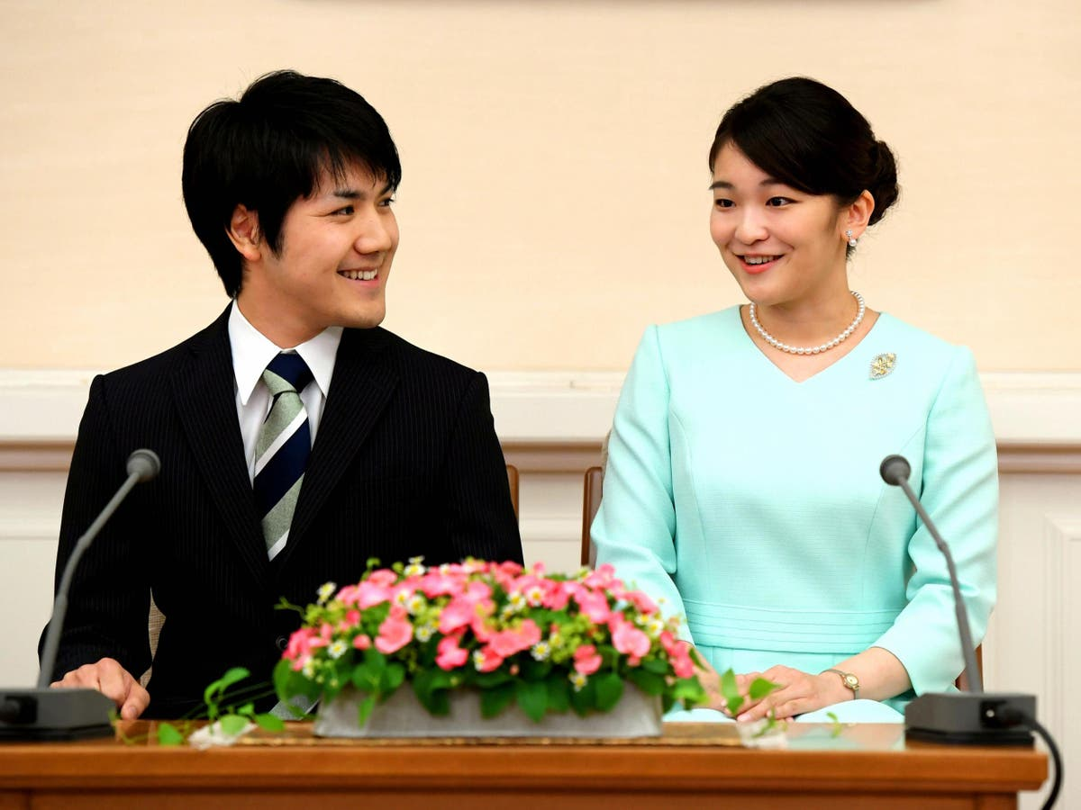 Princess Mako's college boyfriend arrives in Japan for marriage