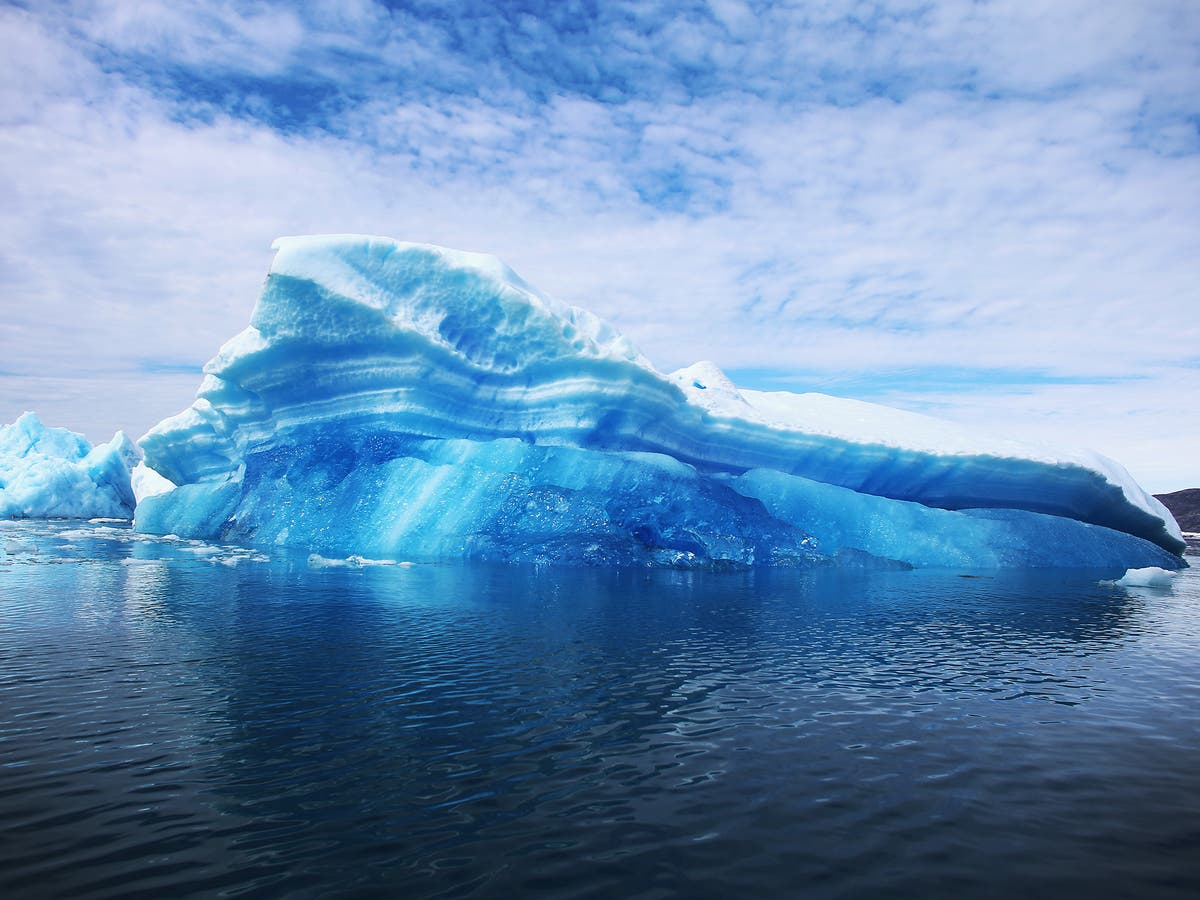 Amount of ice which melted from Greenland on Tuesday 'would cover Florida in two inches of water'