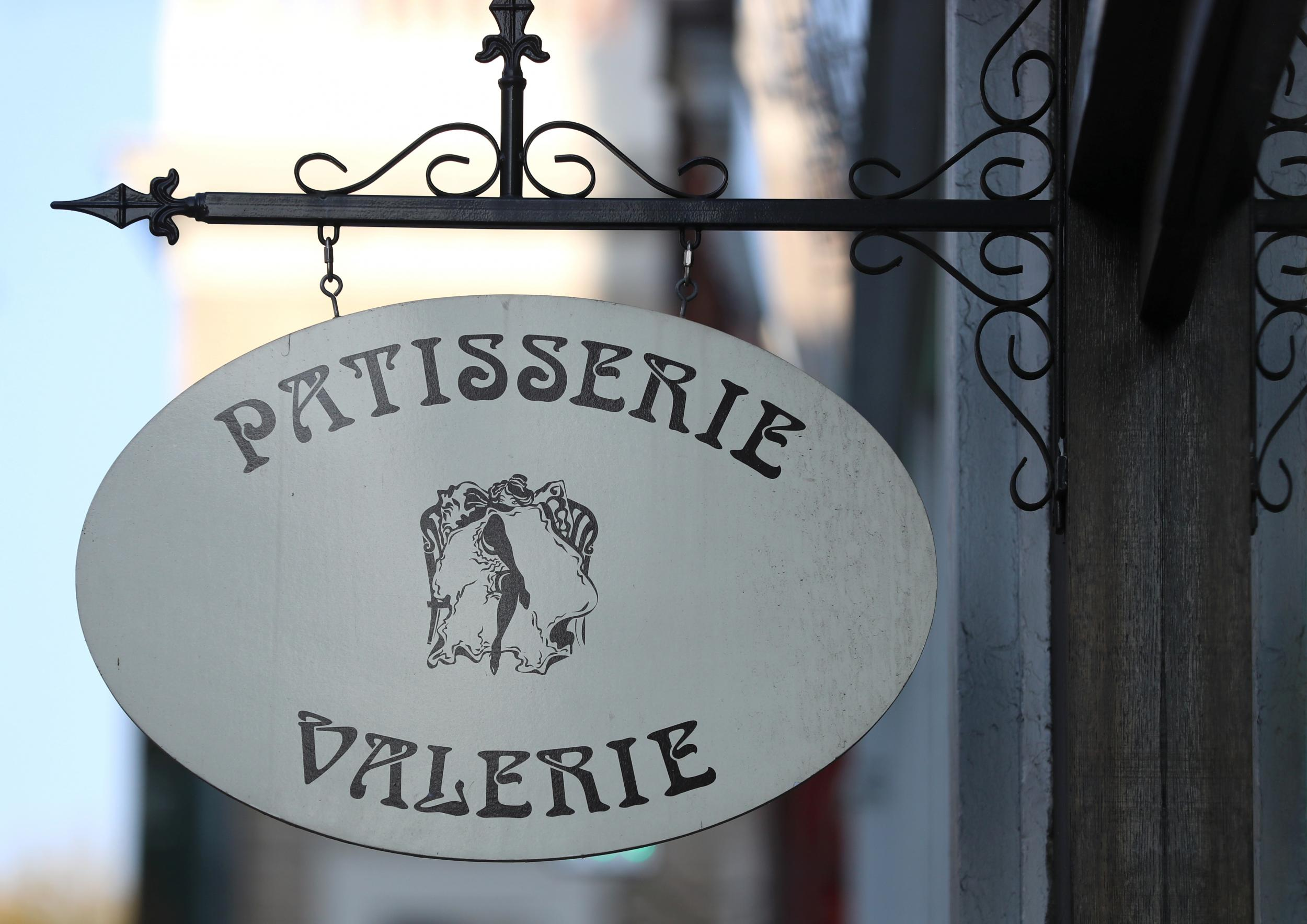 Patisserie Valerie faces closure as financial crisis deepens