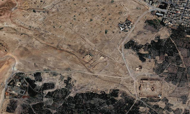 Isis seized the ancient Syrian city of Palmyra on 20 Maio 2015. This image show the city from above days after its capture by Isis