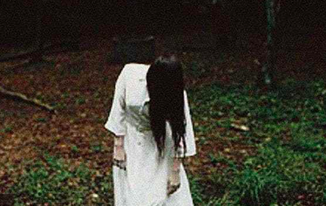 Directed by: Hideo Nakata. Unless you've been living under a rock, you know the story of Ring by now: viewers of a cursed videotape die seven days after watching it. While the inevitable Hollywood remake in 2002 was better than it had any right to be, Nakata's original is as terrifying as horror films come.