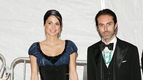 <b>ヨルダンのラニア女王, NS007</b><br><br>ヨルダンのラニア女王がメットガラに登場しました 2007 幅広の黒帯が特徴のネイビーシルクのガウンを着ています.