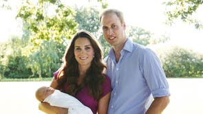Born 22 Julie 2013 to Prince William, Duke of Cambridge and Catherine, Duchess of Cambridge