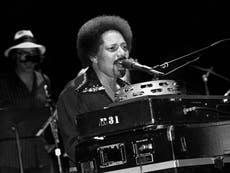 アートネヴィル: ニューオーリンズRの定義を手伝ったミュージシャン&B