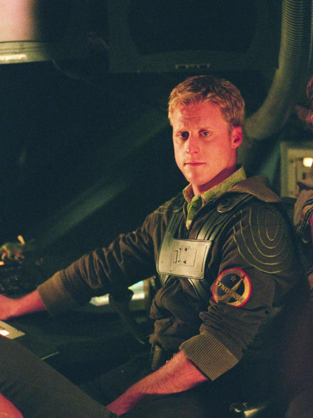 In the first episode of this sci-fi series, the steering wheel has disappeared from the set of the spaceship. Serenity's pilot Wash, played by Alan Tudyk, can be seen improvising with his hands around an imaginary wheel. It's hard to believe this mistake wasn't caught.