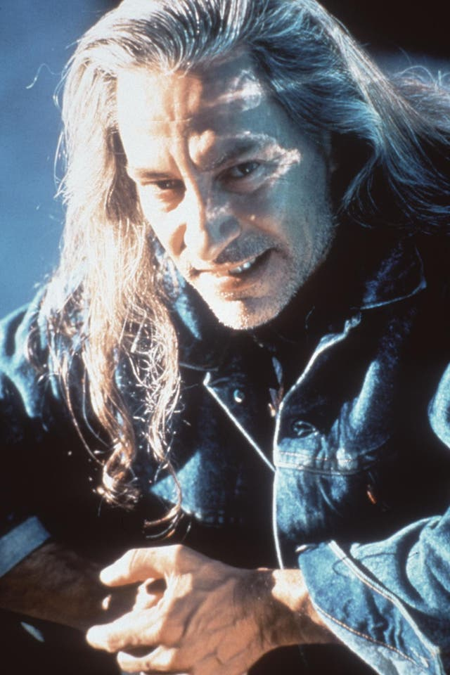 The mistake actually ended up changing the plot of the series. Supposedly, David Lynch accidentally caught the crew member Frank Silva on camera when his reflection appeared in a mirror in a scene when Laura Palmer was shown screaming. Lynch liked it so much that he decided to keep it in and cast Silva as the character Killer Bob, a dark spirit who haunts Laura.