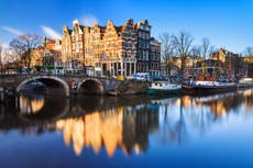 How to visit Amsterdam without leaving home