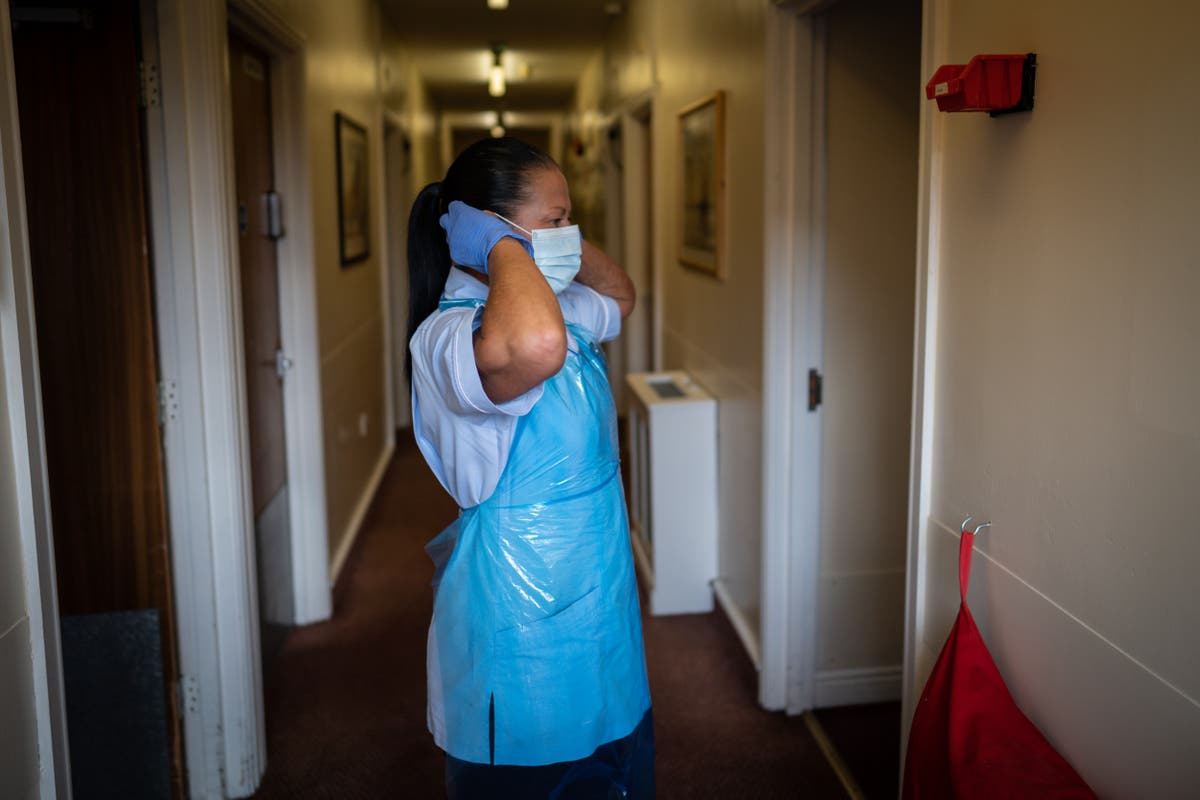 Unvaccinated NHS staff will be barred from entering care homes