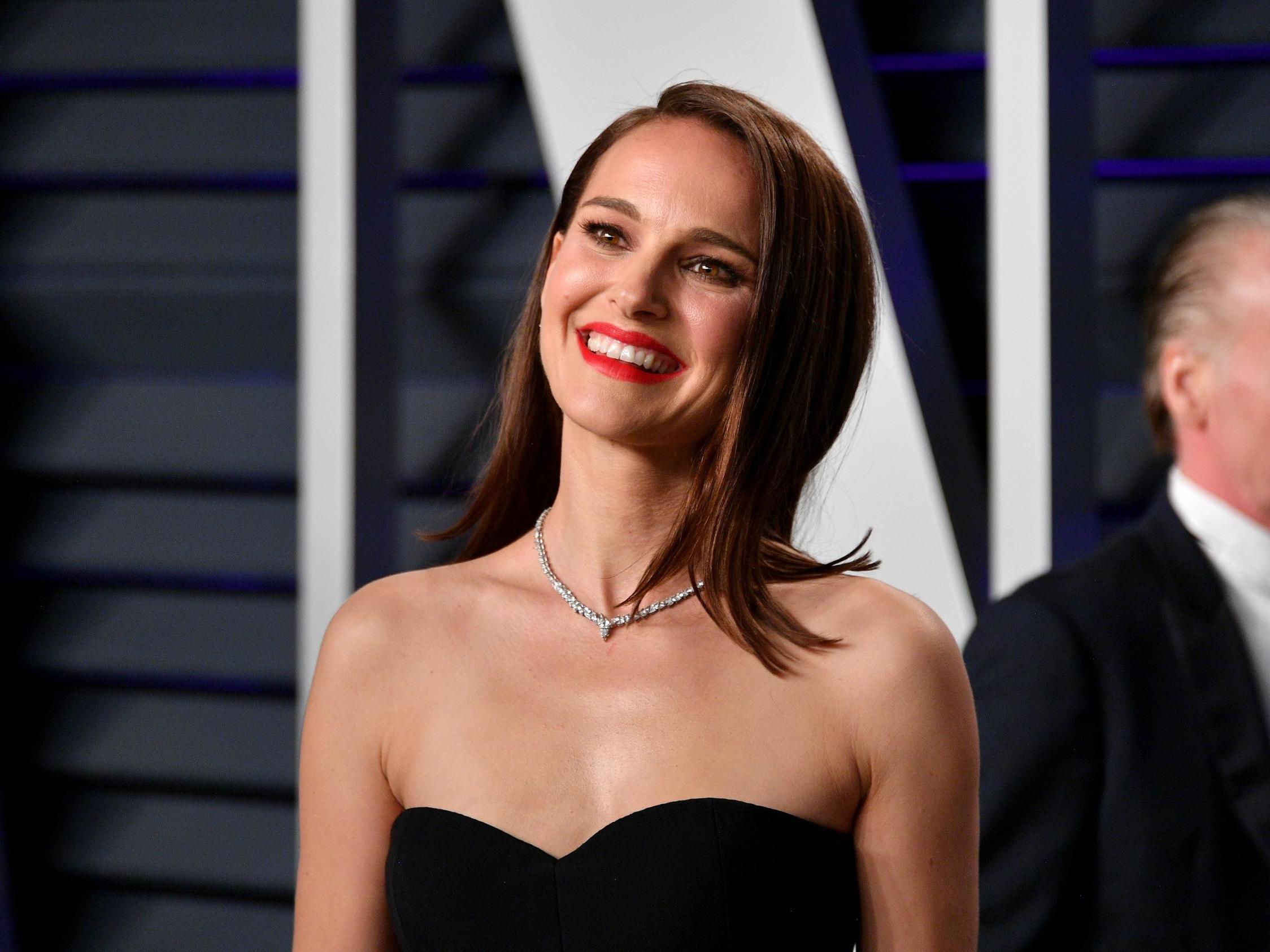 Natalie Portman Видео