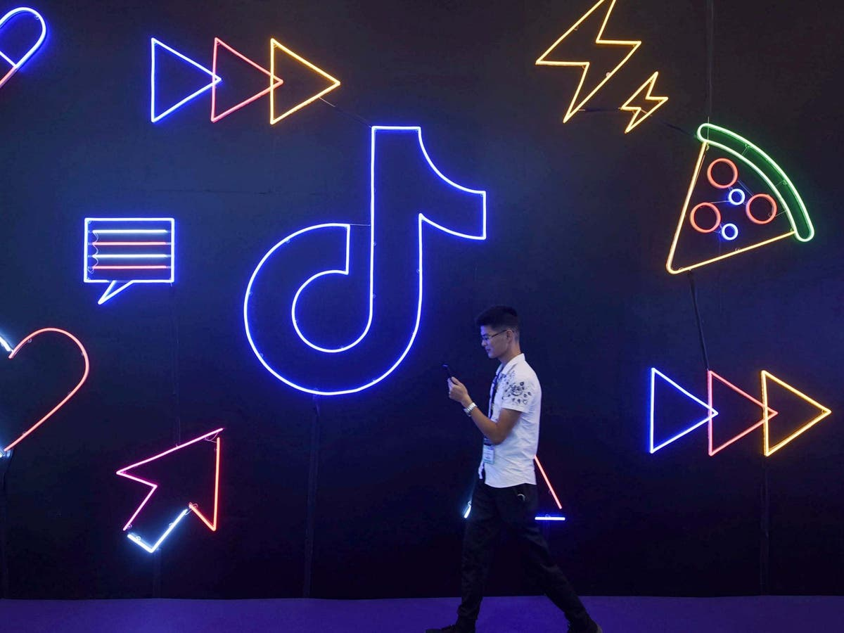 Young people banned from using TikTok for more than 40 minutes in China