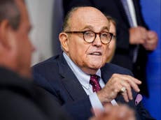Giuliani falsely told Trump constitution gave Pence right 'not to certify' 2020 verkiesing, book says