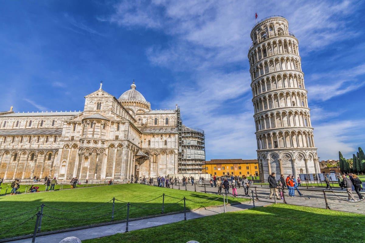 Italy extends quarantine for British travellers until 30 Augustus