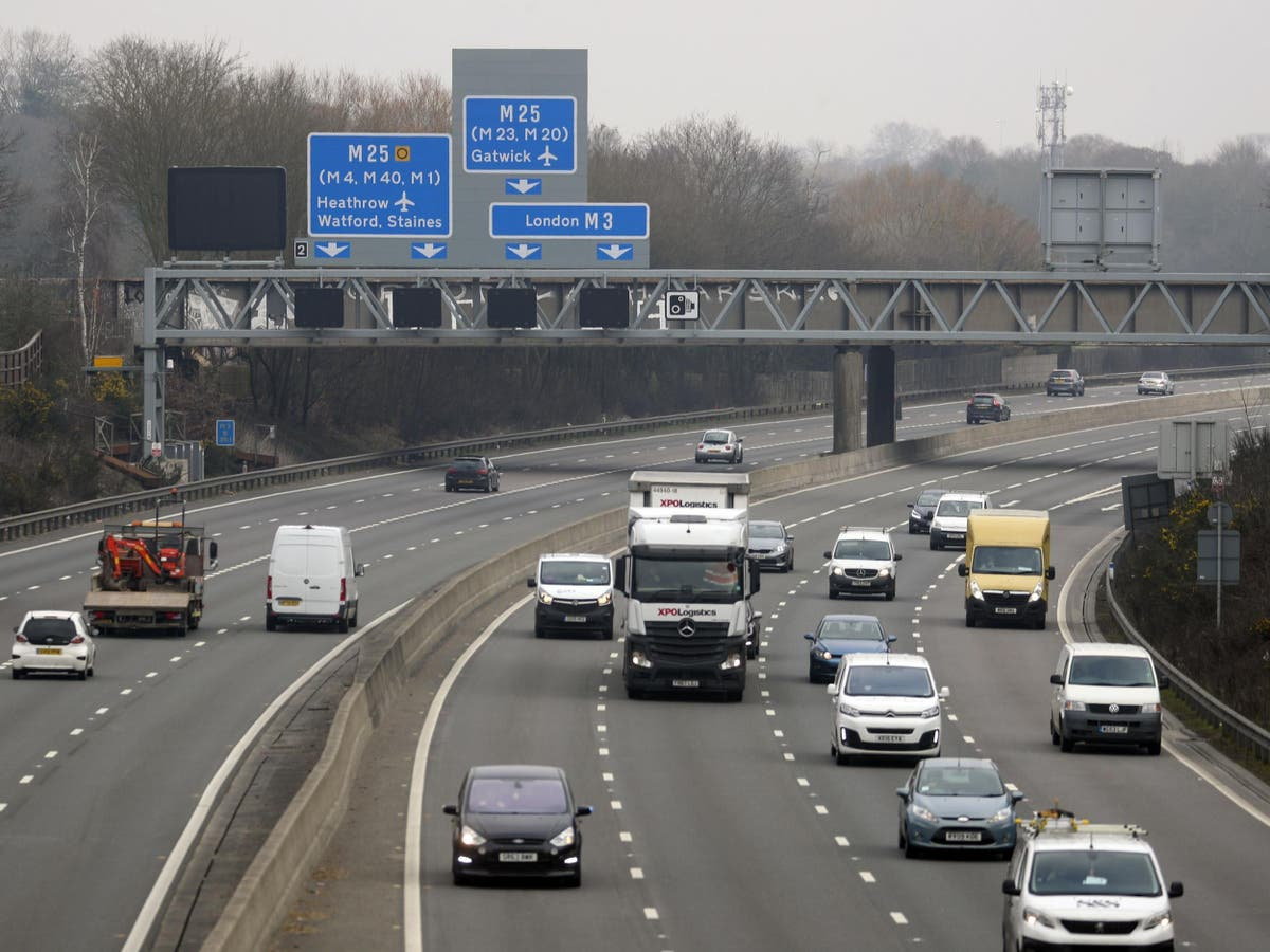 Undercover probe finds 1 在 10 smart motorway safety cameras 'not working'