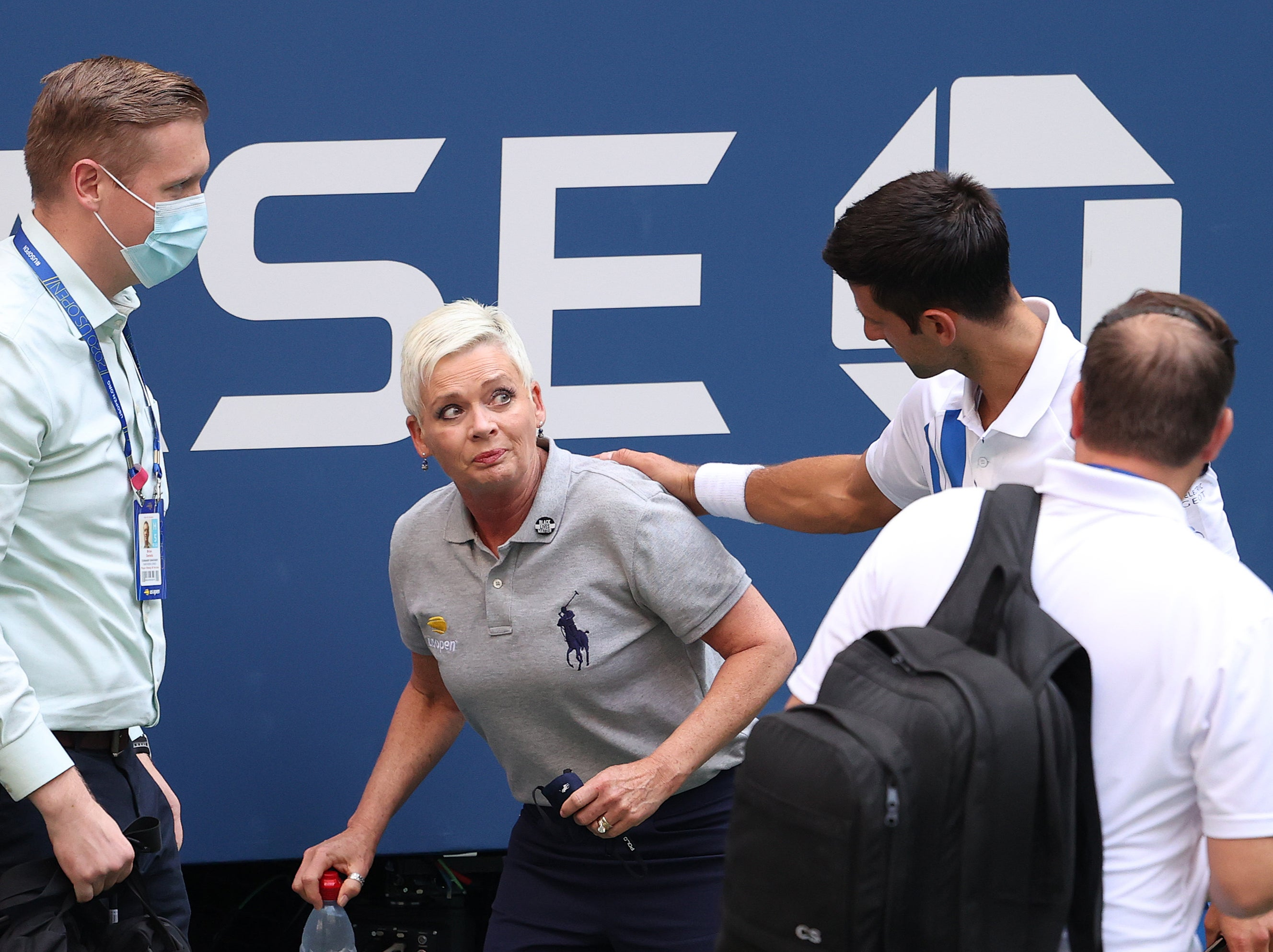 Novak Djokovic Disqualified From Us Open After Hitting Line Judge With Ball The Independent