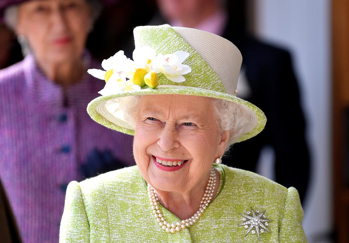 Queen Elizabeth II sends best wishes to Bangladesh