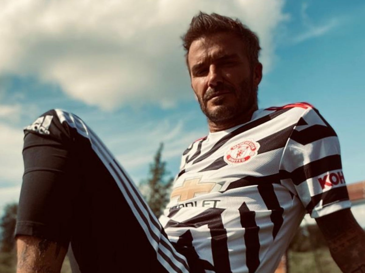 Manchester United Controversial New Third Kit Unveiled By Club Legend David Beckham The Independent