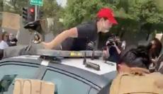 Policía atropella a manifestante anti Trump en California