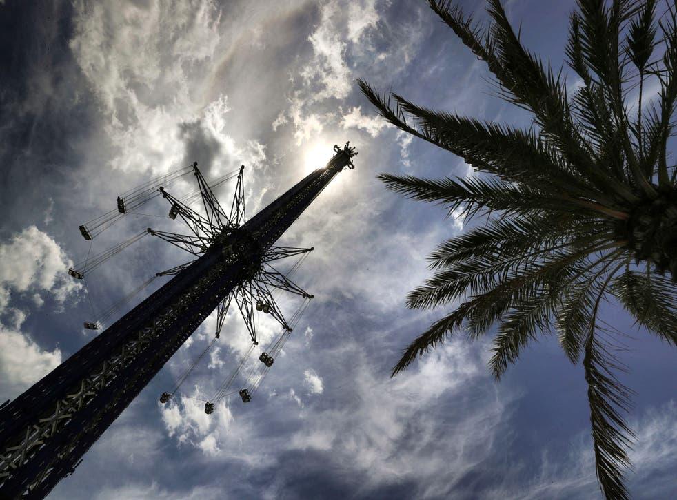 La atracción StarFlyer en el ICON Park de Orlando, donde un empleado murió el lunes