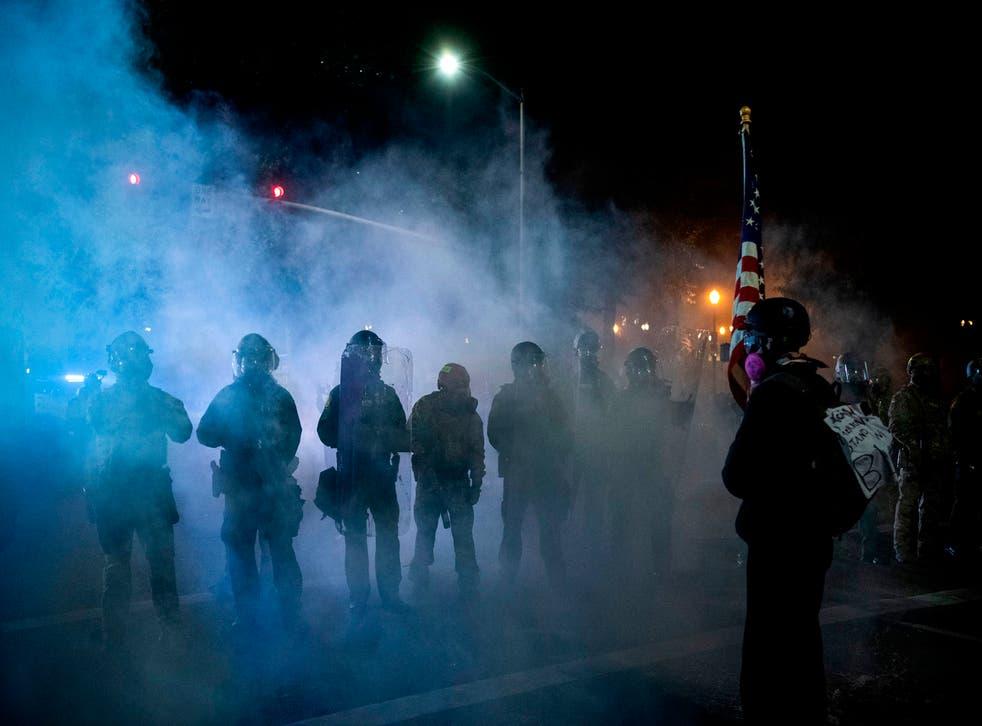 La policía ha aprovechado las protestas para agredir a reporteros que cubren estos eventos