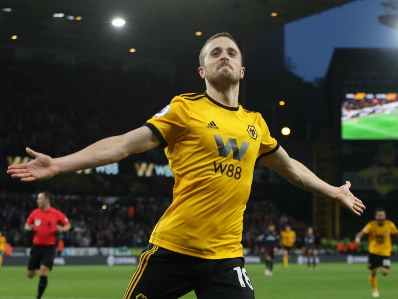 Liverpool transfer news: Diogo Jota to join from Wolves for £41m on a  five-year deal | The Independent