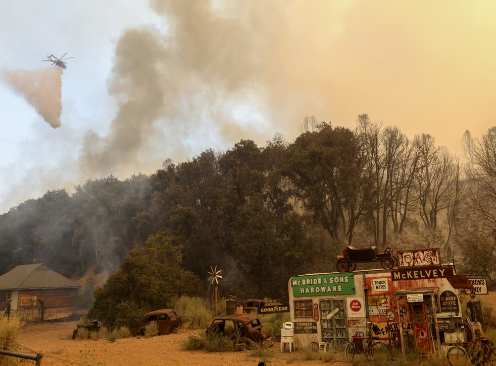 Incendios continúan en California.